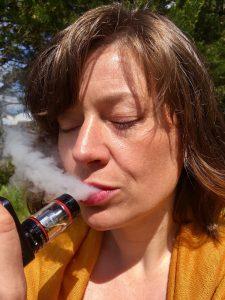 vape, vaping, nicotine-2441608.jpg